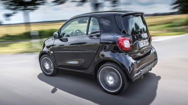 Smart ForTwo Brabus 2016 - rear tracking