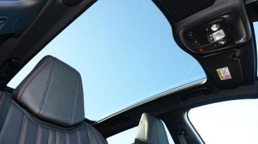 Peugeot 308  - sunroof