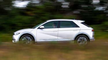 Hyundai Ioniq 5 RWD - side