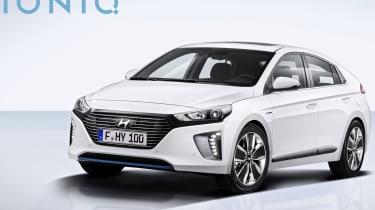 Hyundai Ioniq - official front quarter