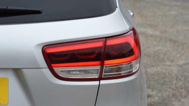 Kia Sorento - rear light details