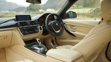 BMW 335i dash