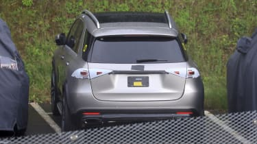 Mercedes GLE spied tail gate
