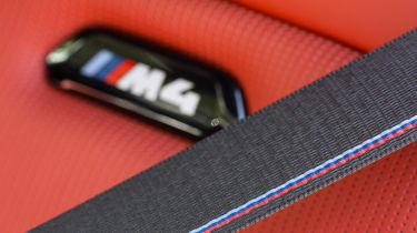 BMW M4 2017 facelift seatbelt