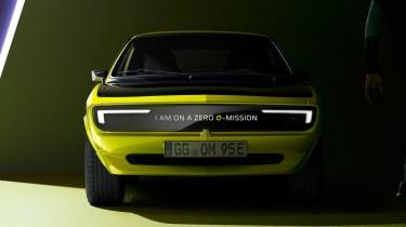 Opel Manta GSe ElektroMOD - full front 3