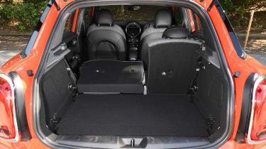 MINI Cooper 5-Door - boot