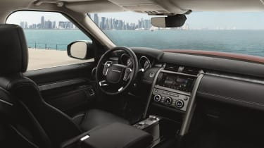 Land Rover Discovery 2017 - first edition interior