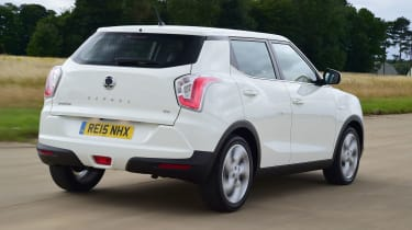 SsangYong Tivoli - rear tracking