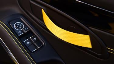 Porsche Boxster T - door pull