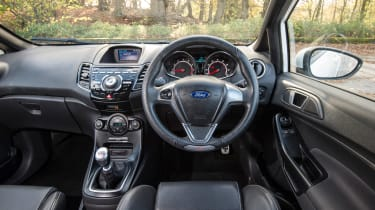 Ford Fiesta ST Mountune 230 - interior