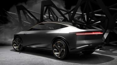Nissan IM concept - rear dark