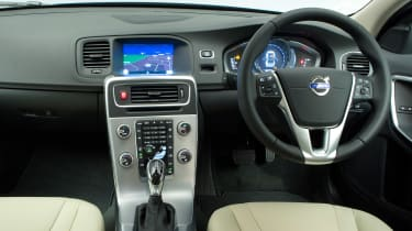 Used Volvo S60 - dash