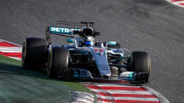Formula 1 2017 - Mercedes front cornering