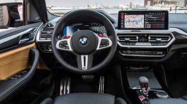 BMW X3 M - dash