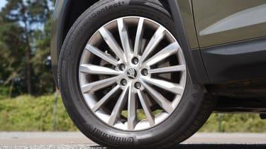 Mazda CX-5 vs Skoda Kodiaq vs VW Tiguan - Skoda Kodiaq wheel