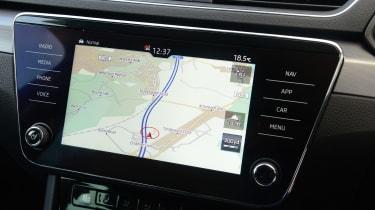 Skoda Superb - navigation