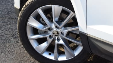 skoda karoq alloy wheel