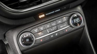 Ford Fiesta ST-Line - centre console
