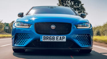 Jaguar XE Project 8 -  grille