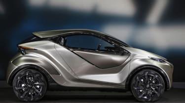 Lexus LF-SA - side