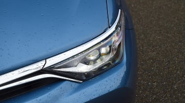 New Toyota Auris 2015 light