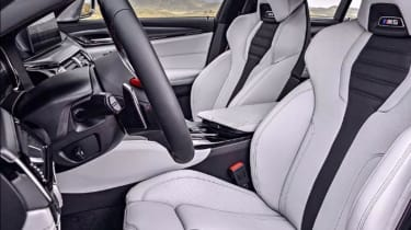 BMW M5 leaked - front seats