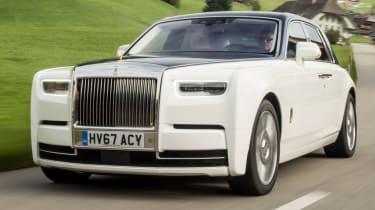 Rolls-Royce Phantom - front quarter action