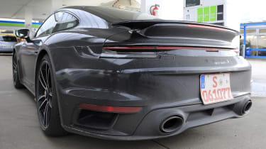 Porsche 911 Turbo S - spyshot 16
