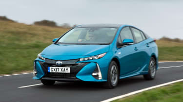 Toyota Prius Plug-in - front