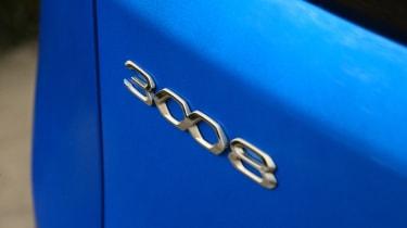 Peugeot 3008 - badge