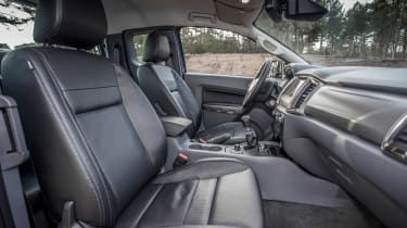 Ford Ranger 2016 seats