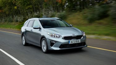 Kia Ceed SW - front action