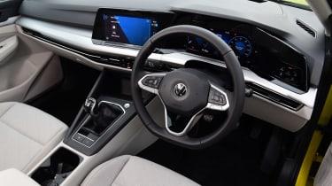 Volkswagen Golf Estate - cabin