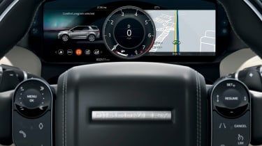 Land Rover Discovery Sport - digital dials