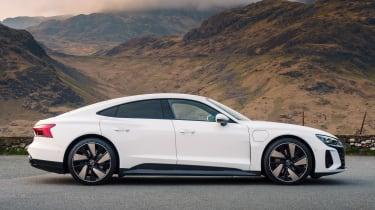 Audi e-tron GT - side static