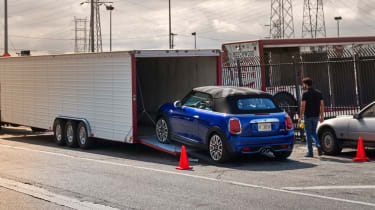 MINI Convertible trailer