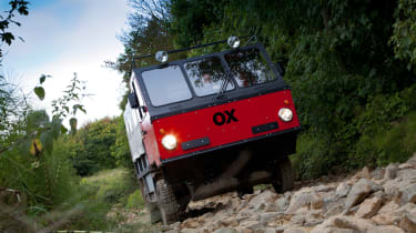 Global Vehicle Trust OX - red rock crawling