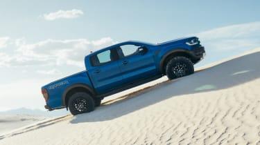 Ford Ranger Raptor - side
