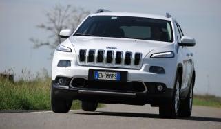 Jeep-Cherokee-diesel-front