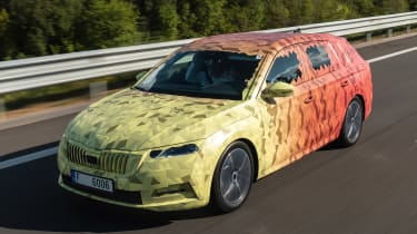 Skoda Octavia Estate prototype - front tracking