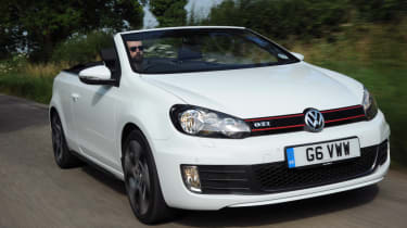 VW Golf GTI Cabriolet front action