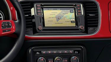 New Volkswagen Beetle R Line screen