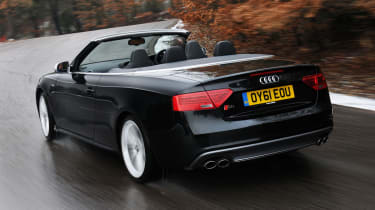 Audi S5 Cabriolet rear tracking