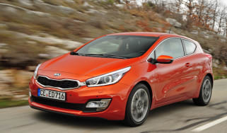 Kia Pro_cee'd front tracking