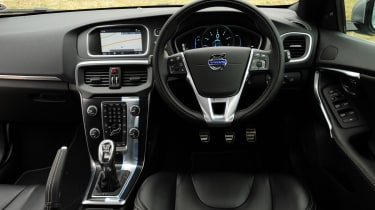 Volvo V40 T3 R-Design interior