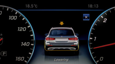 Mercedes E-Class All-Terrain - dials