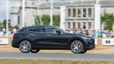 Maserati Levante - profile