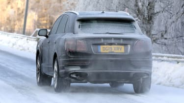 Bentley Bentayga - spies - rear tracking