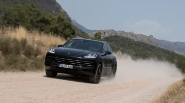 Porsche Cayenne prototype - front tracking