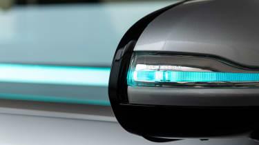 Mercedes Co-operative car - wing mirror